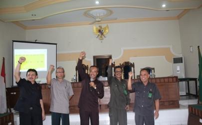 Tim Aksesor dan Asistentor dari Pengadilan Tinggi Surabaya ke Pengadilan Negeri Kediri